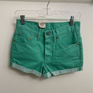Levi's mid rise shorts, size W26